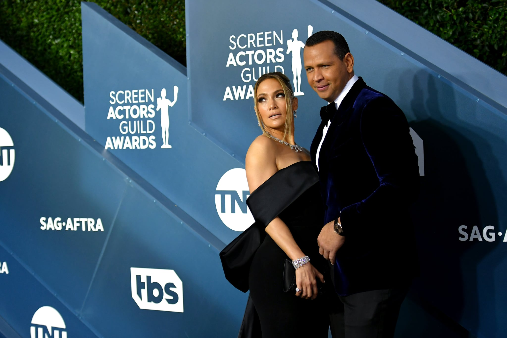 LOS ANGELES, CALIFORNIA - JANUARY 19: Jennifer Lopez and Alex Rodriguez attend the 26th Annual Screen Actors Guild Awards at The Shrine Auditorium on January 19, 2020 in Los Angeles, California. 721384 (Photo by Mike Coppola/Getty Images for Turner)