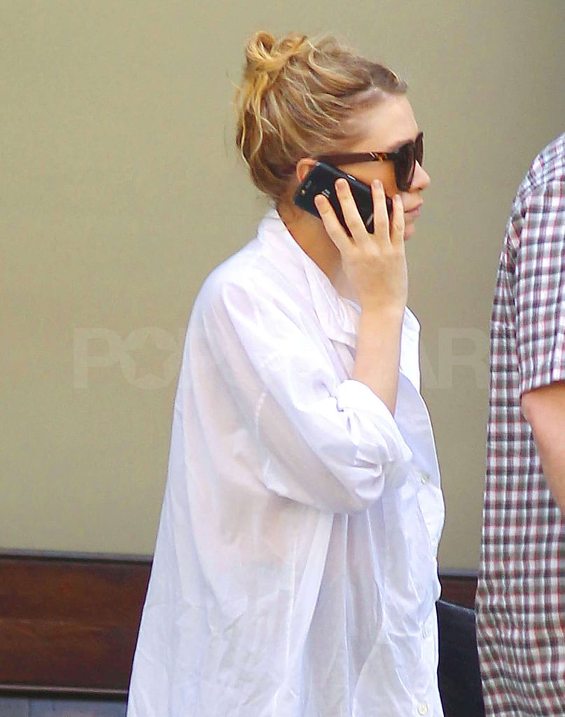 Ashley Olsen Chats in Flats as She Takes Care of Big Apple Business