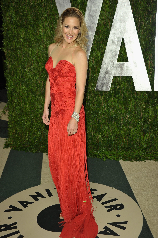 Kate Hudson strikes a pose at the Vanity Fair Oscar party.