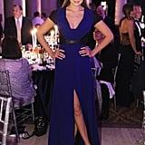 ارتدت جيجي ثوباً ذو ألوان متباينة يتميّز بفتحة تصل حتى الفخذ خلال حفل amfAR Gala  عام 2014 بمدينة نيويورك.