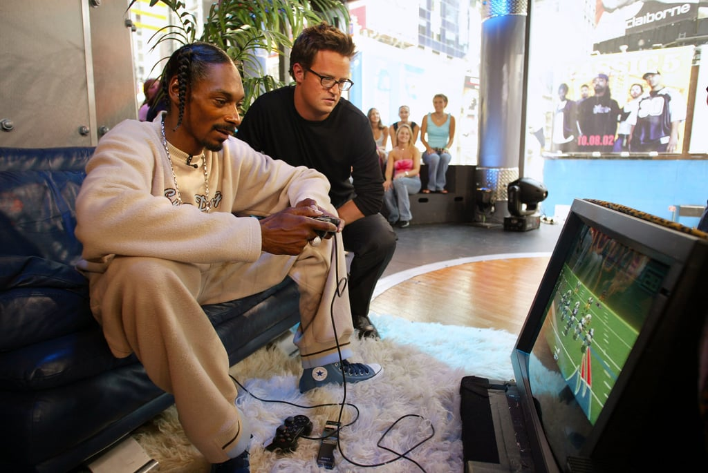 Matthew Perry watched Snoop Lion (then Snoop Dogg) during a TRL visit in 2002.