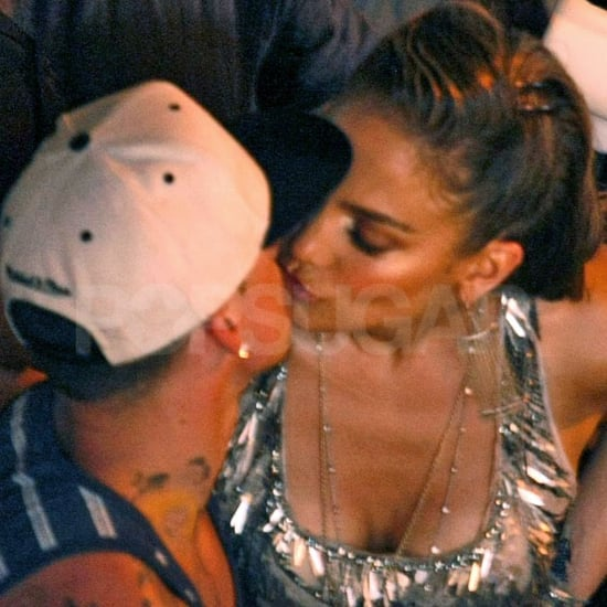 Jennifer Lopez and Casper Smart Kissing Pictures in Mexico