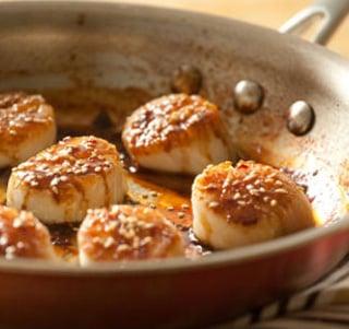 Fast & Easy Recipe for Tamari-Glazed Scallops