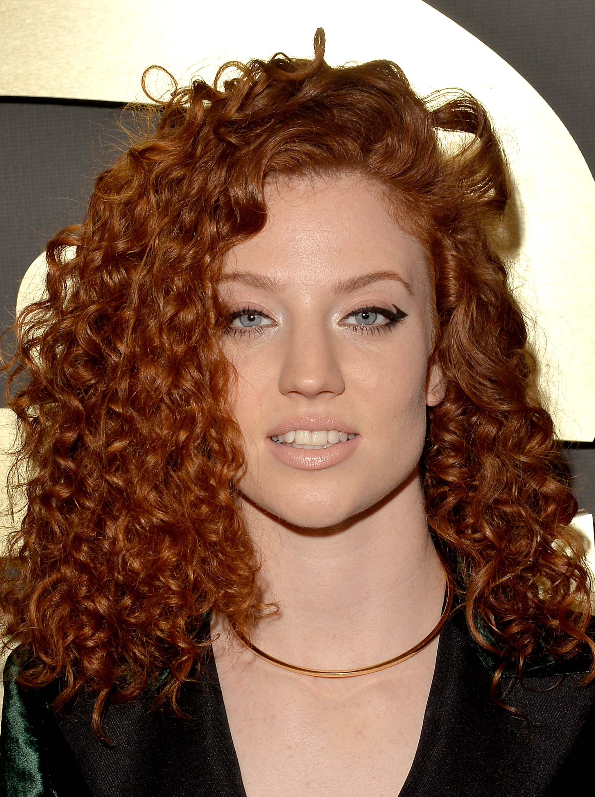 male singer with red hair at the 2015 grammys jess glynne see every rock star beauty moment from the