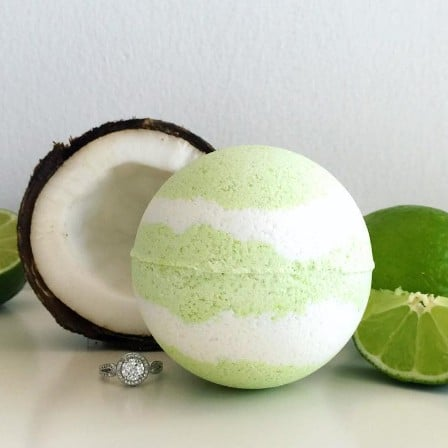 Bath Bombs With Ring Inside