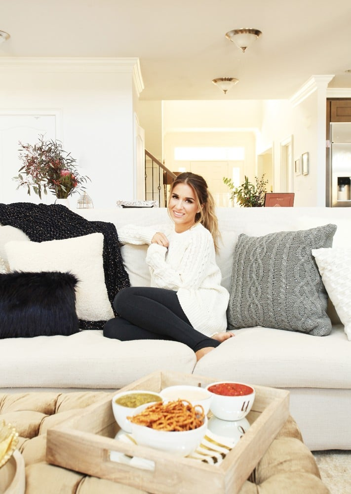 Jessie James Decker Fall Decorating