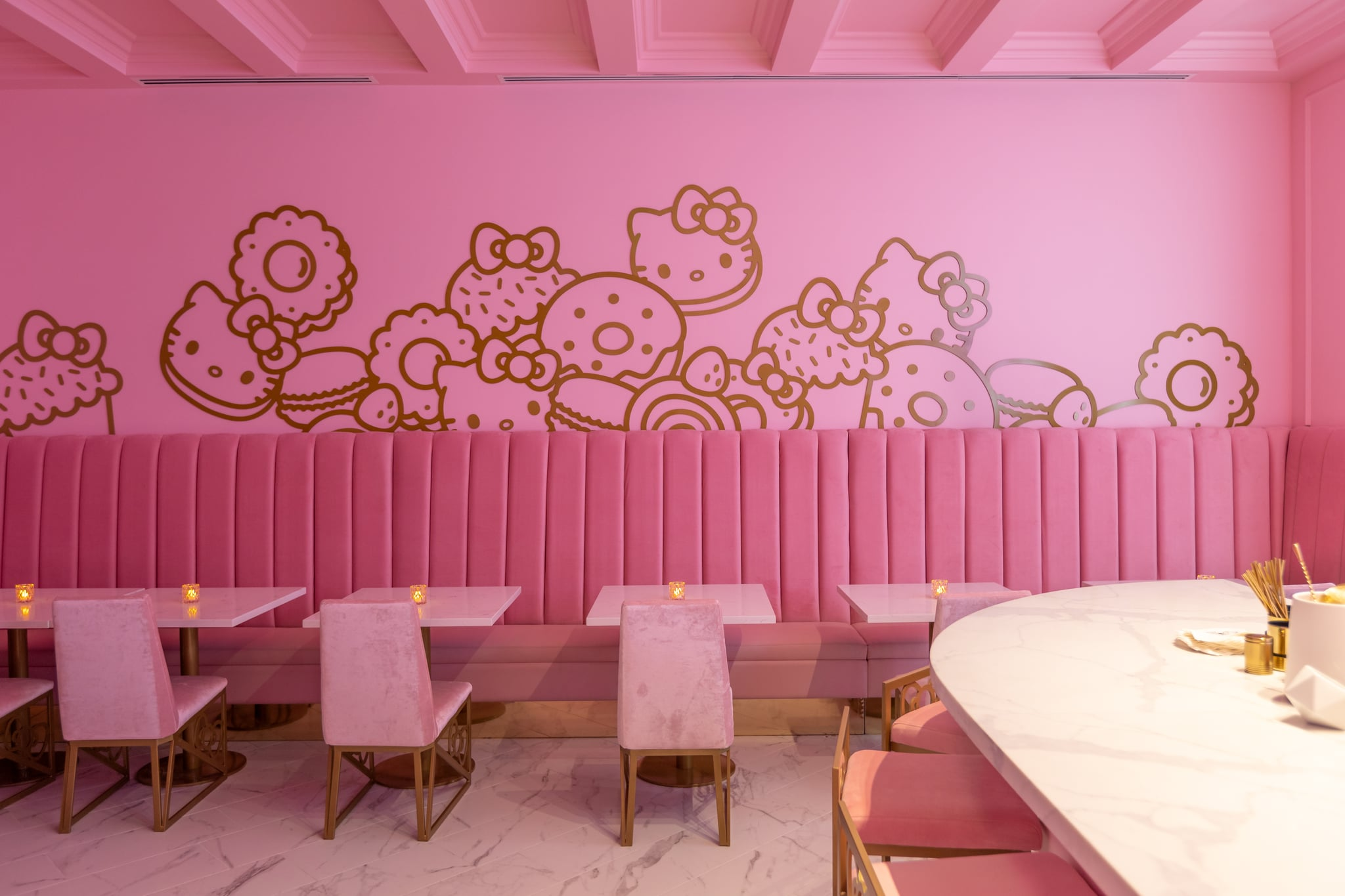 Hello Kitty Grand Cafe In Irvine California Pictures Popsugar Food