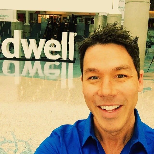 He 39 S A Pro Woodworker David Bromstad Biography