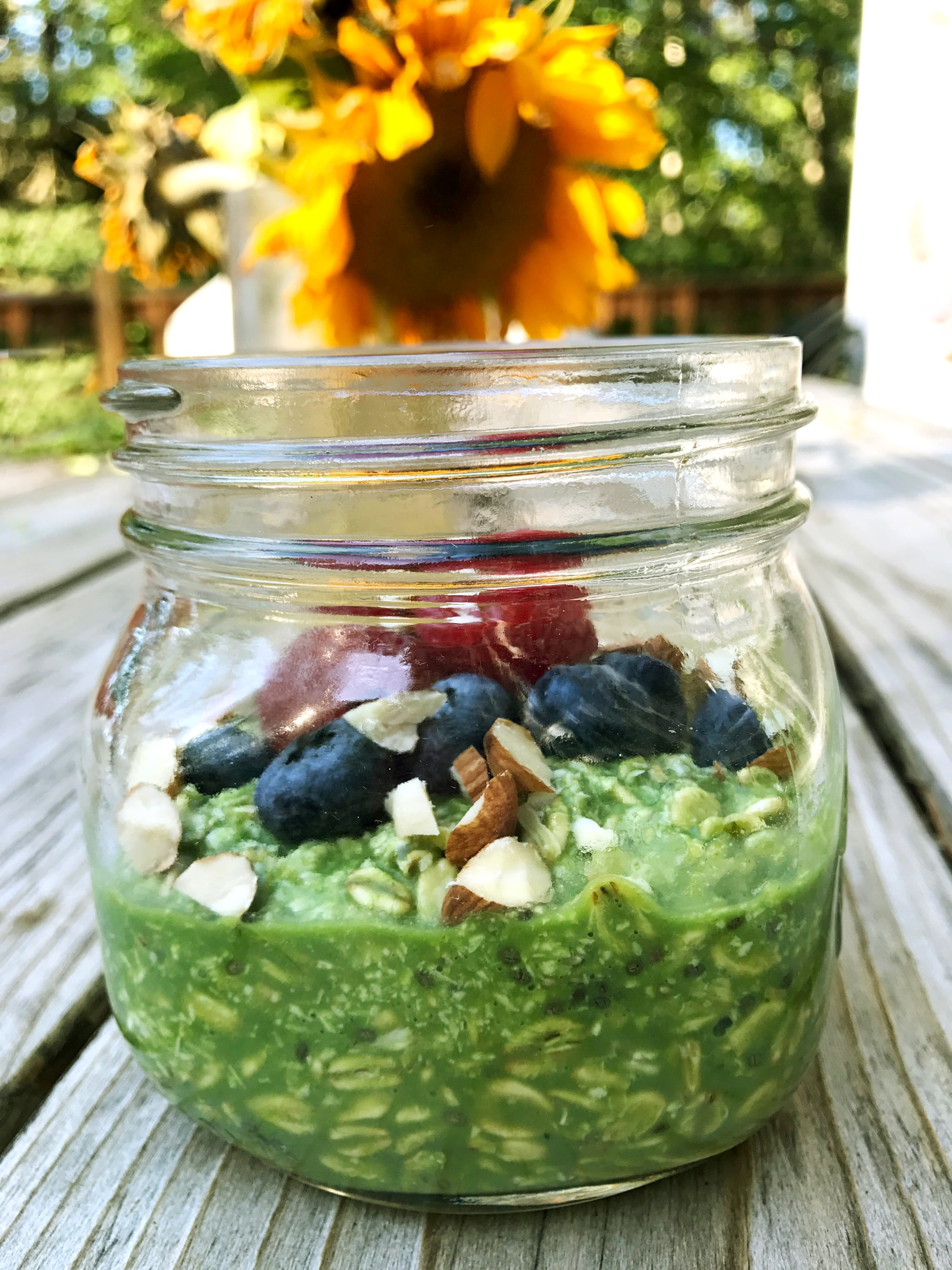 The one and a half cups of spinach is only 10 calories, but it adds one  gram of fiber and 1.3 grams of protein, 44.6 milligrams of calcium, ...