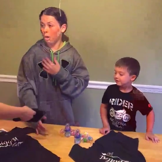 Kids Find Out Mom Is Pregnant With Shirts