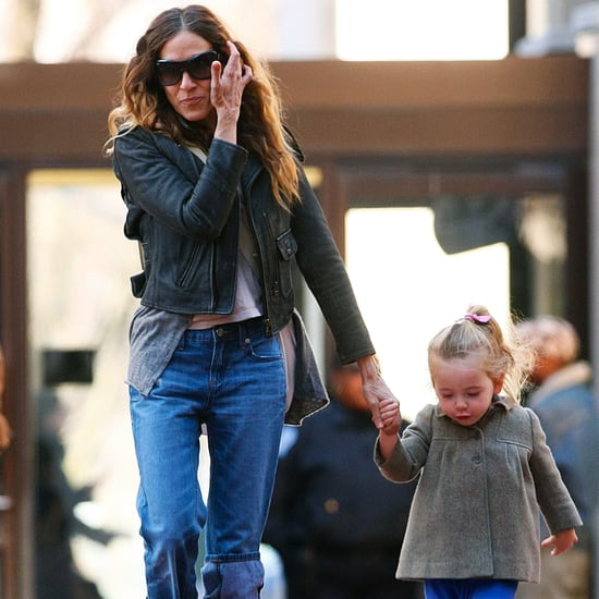 Sarah Jessica Parker Walking With Twins in NYC Pictures