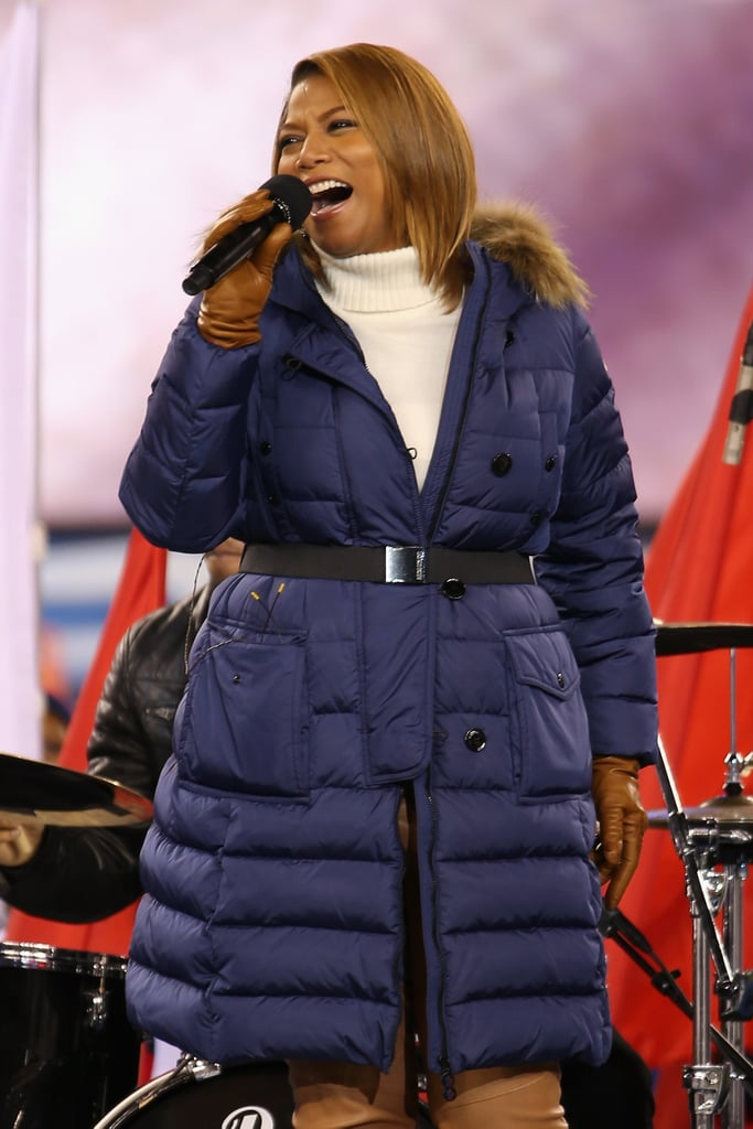 Queen Latifah belted it out at the Super Bowl preshow.