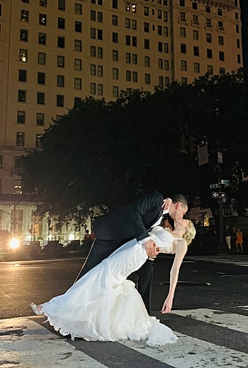 Couple Gets Married During New York City Power Outage 2019