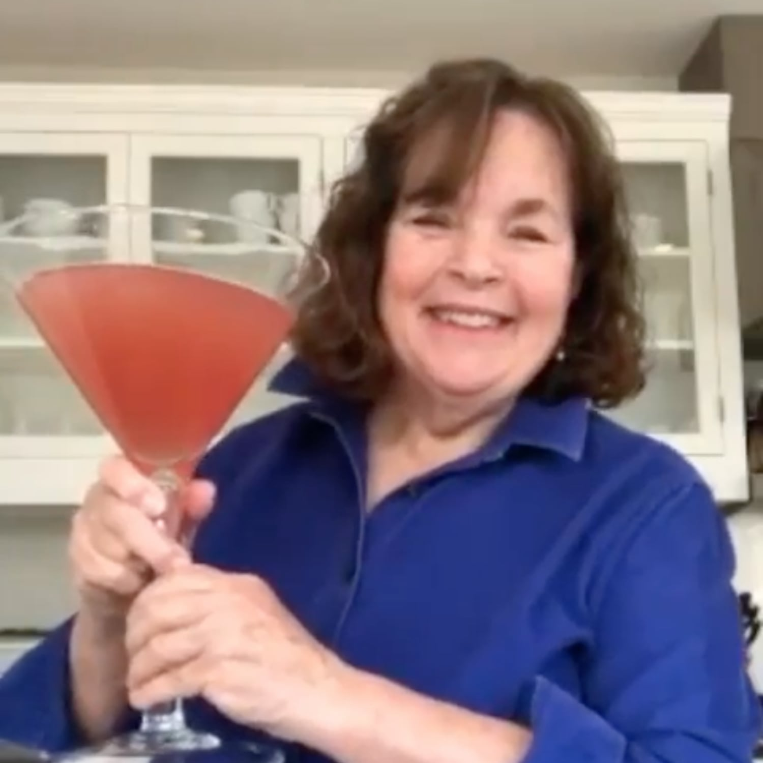 Ina Garten Shares A Recipe For A Giant Cosmopolitan Cocktail Popsugar Food Uk