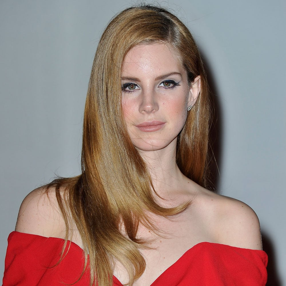Lady in red... Lana went for a more classic beauty look at The ...