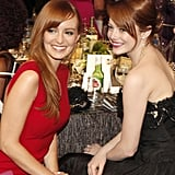 Emma Stone and Ahna O'Reilly shared a table.