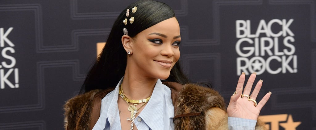 Rihanna Just Pulled a Total Carrie Bradshaw on the Red Carpet