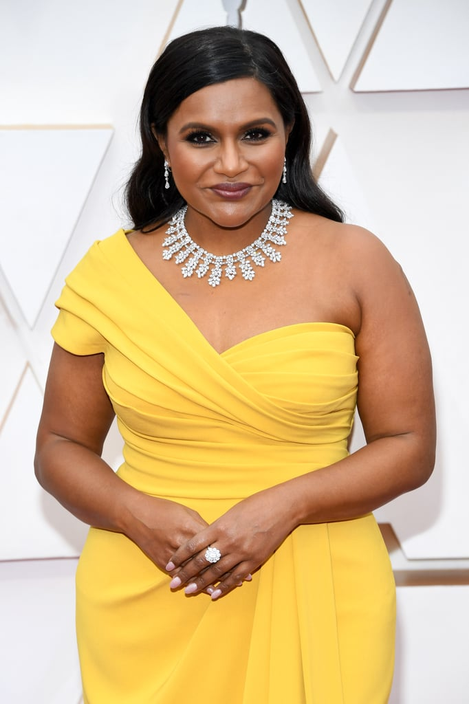 Mindy Kaling S 2020 Oscars Necklace Came With Security Popsugar Fashion