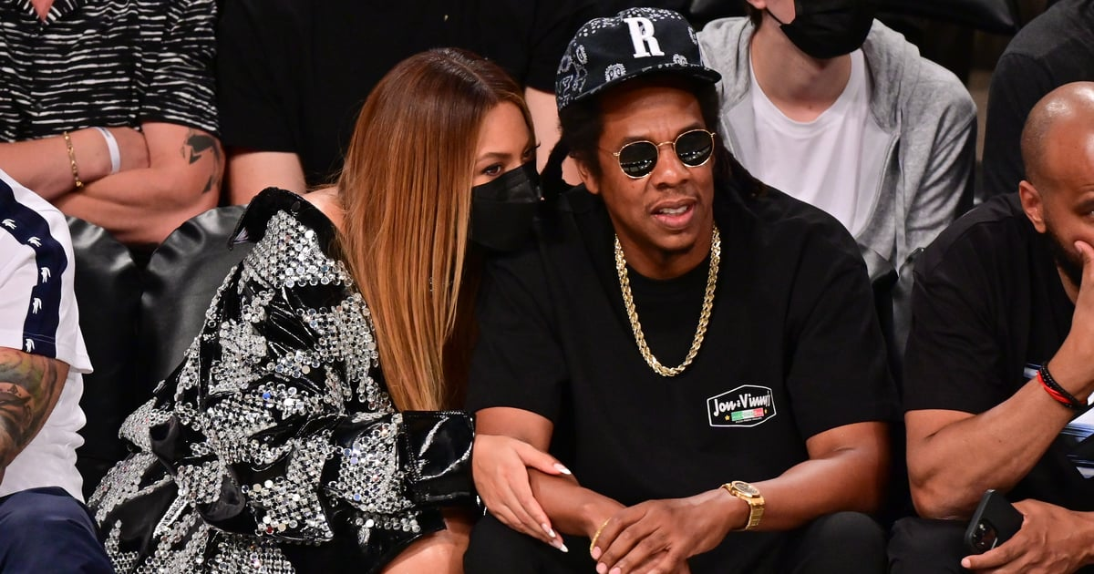 Beyoncé's Minidress and Statement Jacket Make the Ideal Courtside Date-Night Outfit