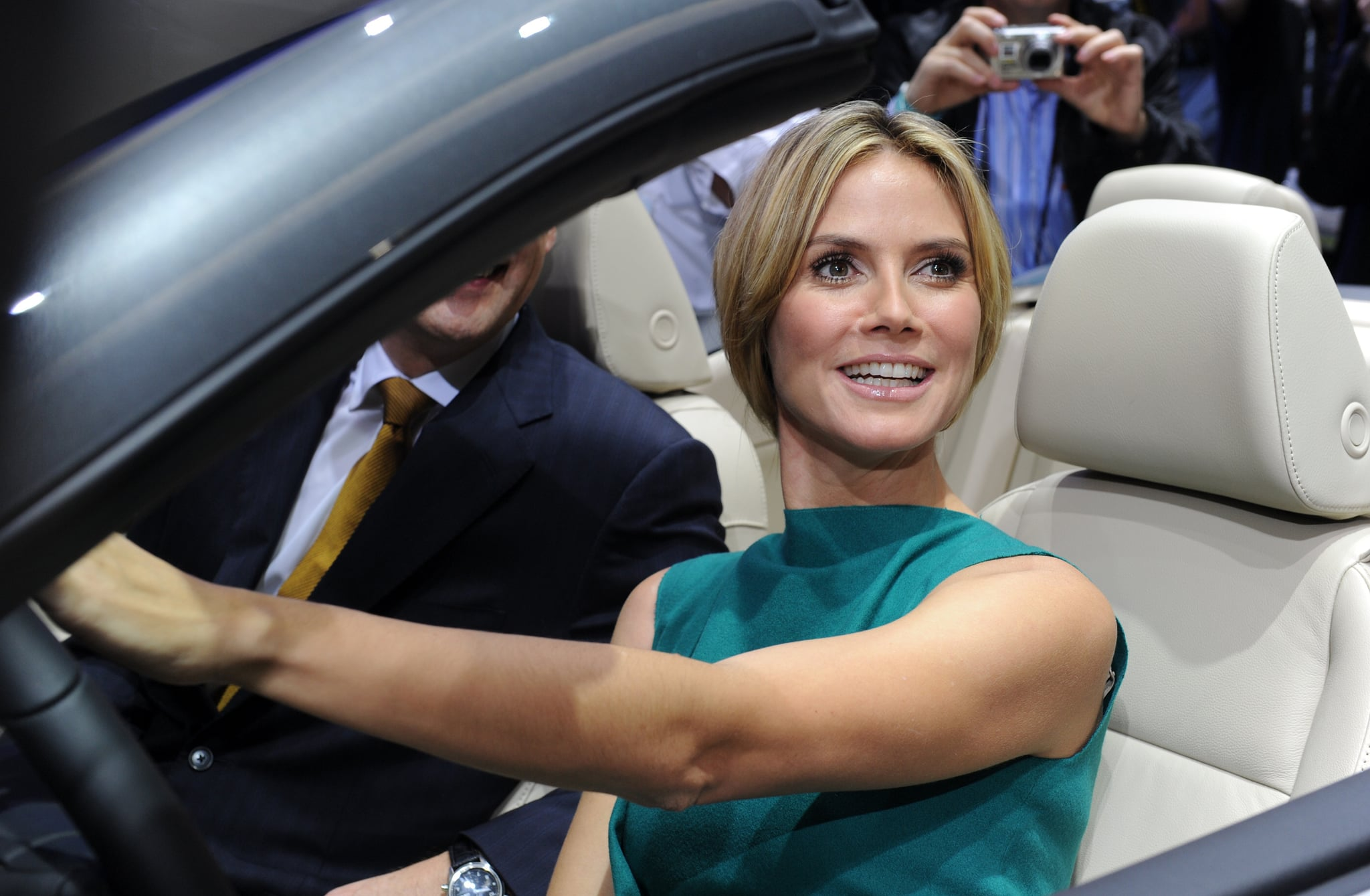 Heidi Klum and Her Possibly New Short Hair at the LA Auto ...