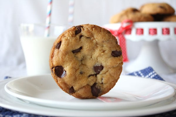 Perfectly Round Chocolate Chip Cookies