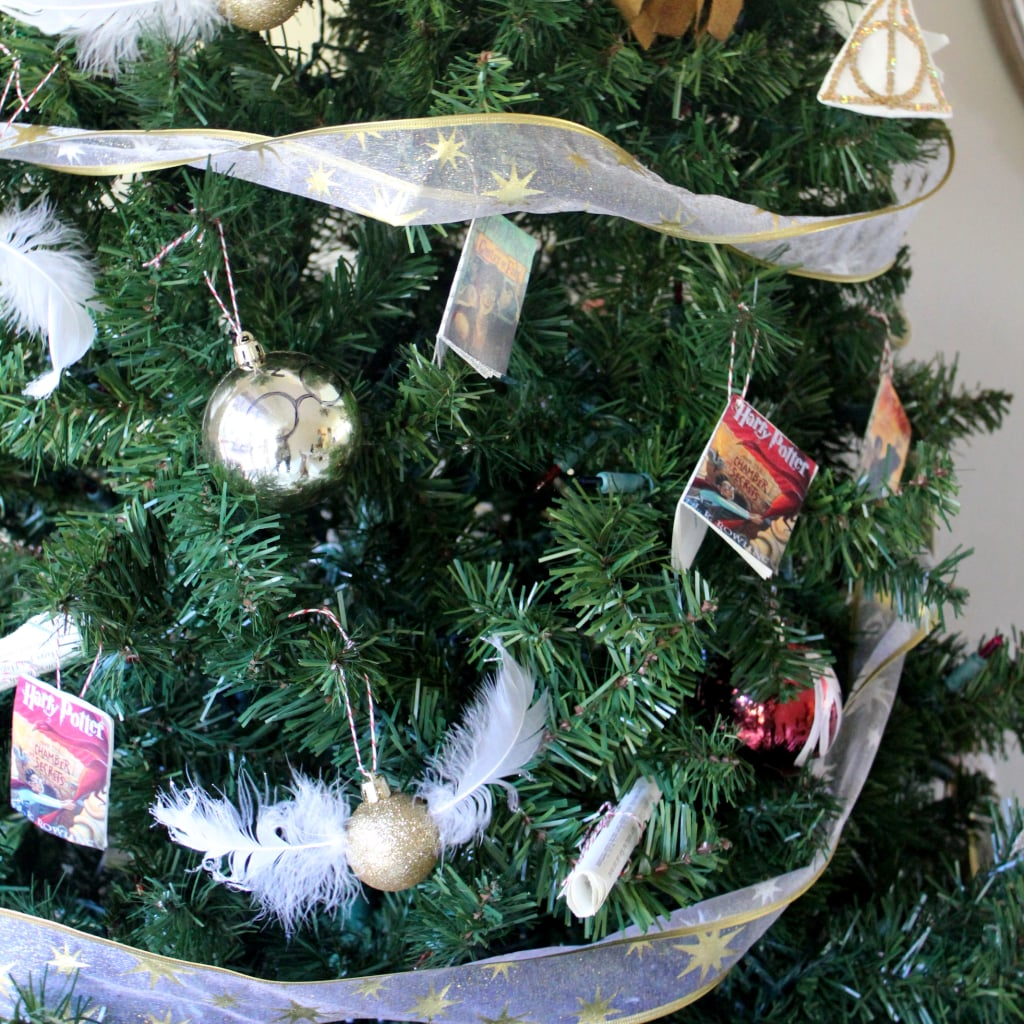 harry potter christmas party ideas popsugar tech - Harry Potter Christmas Decorations