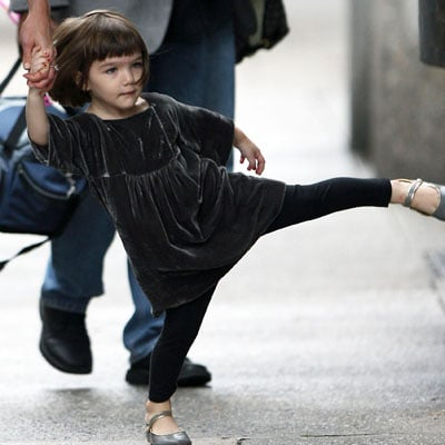 Suri Cruise Is Learning to Walk
