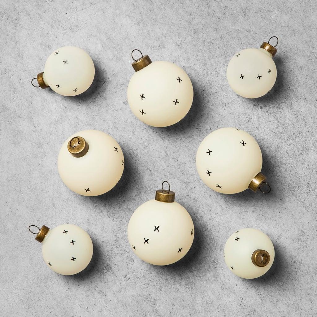 Cream Ornament Set