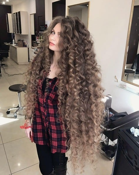 Woman With Real Life Rapunzel Hair Popsugar Beauty