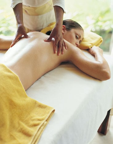 Spa Etiquette: What to Wear for a Massage