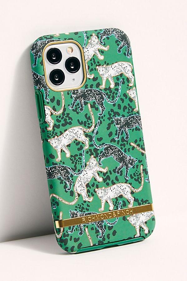 Richmond & Finch Green Leopard Phone Case