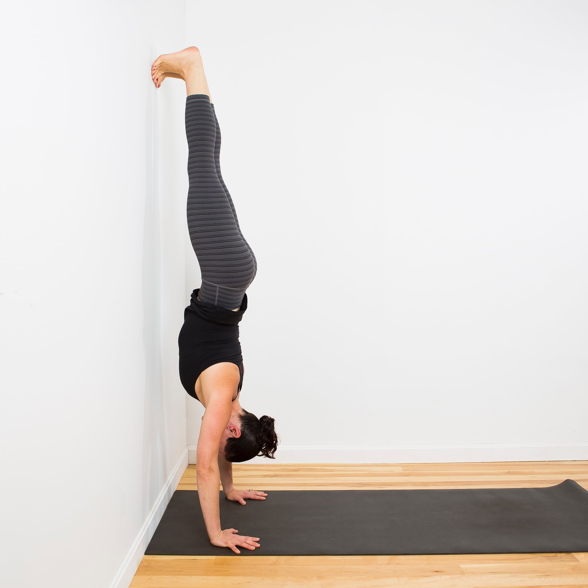 This Might Be the Exercise You Need to Master Handstand