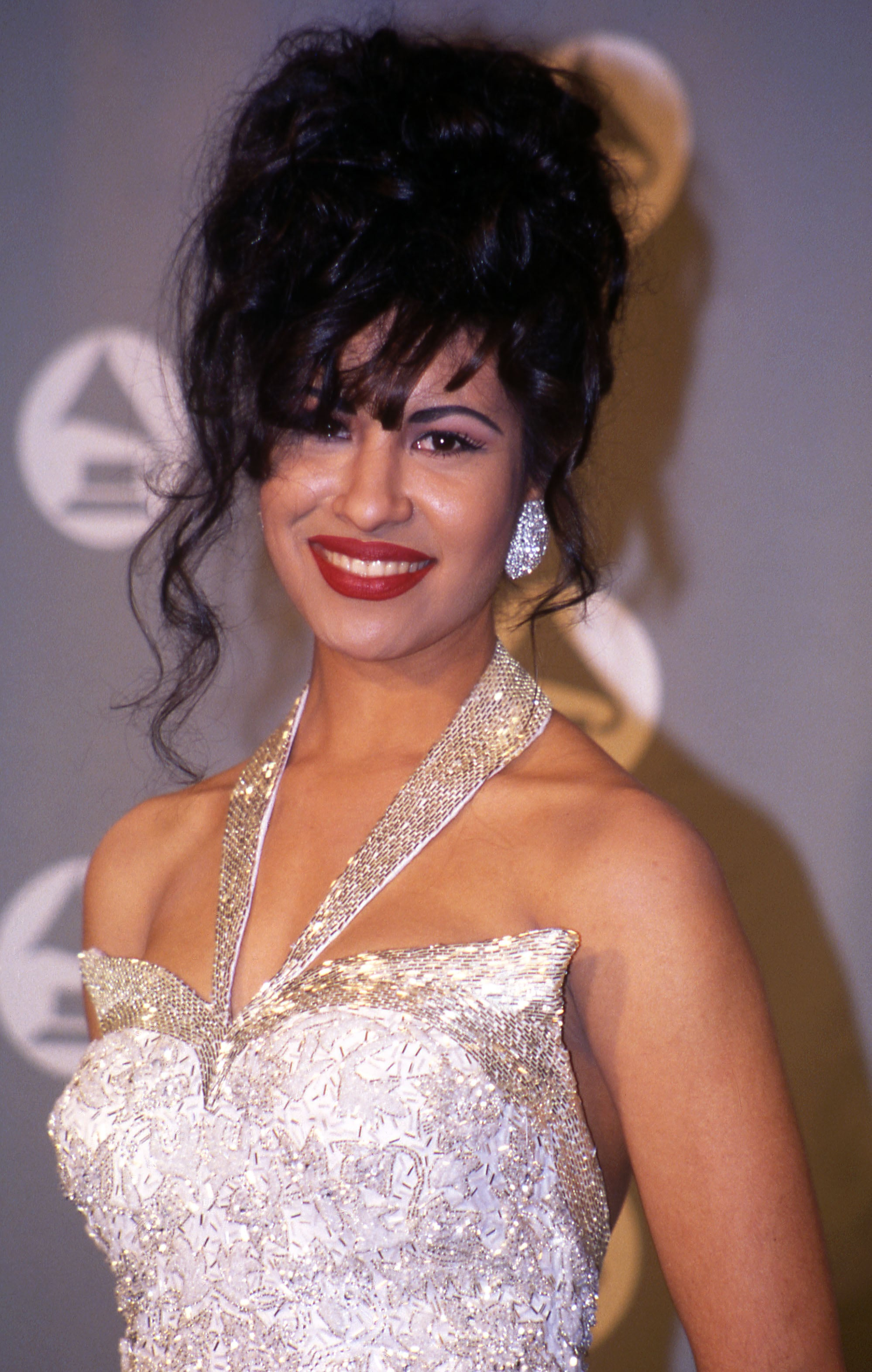 UNITED STATES - MARCH 09:  Selena in the press room at the 1994 Grammy Awards in New York City, New York  (Photo by Vinnie Zuffante/Getty Images)
