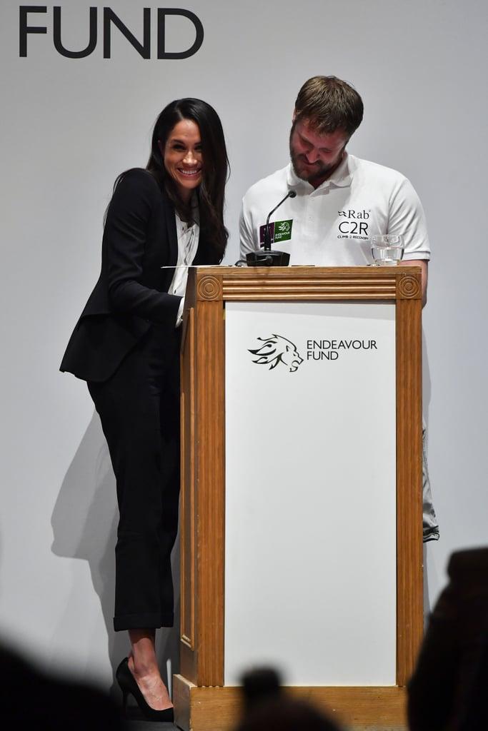 فبراير: ساعدت ميغان بتقديم جوائز الشرف خلال حدث Endeavor Fund Awards  في لندن.