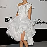 Natalie Portman in Ruffled White Dress at the 2008 amfAR Benefit