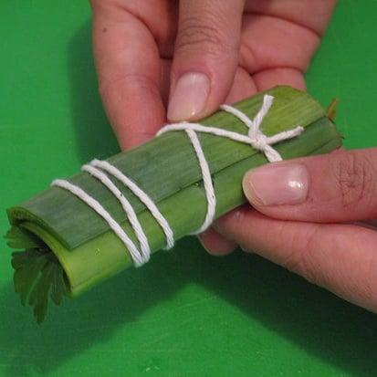 How to Make a Bouquet Garni
