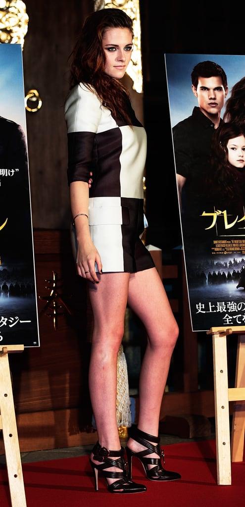 Kristen Stewart wore a printed jumpsuit in Japan.