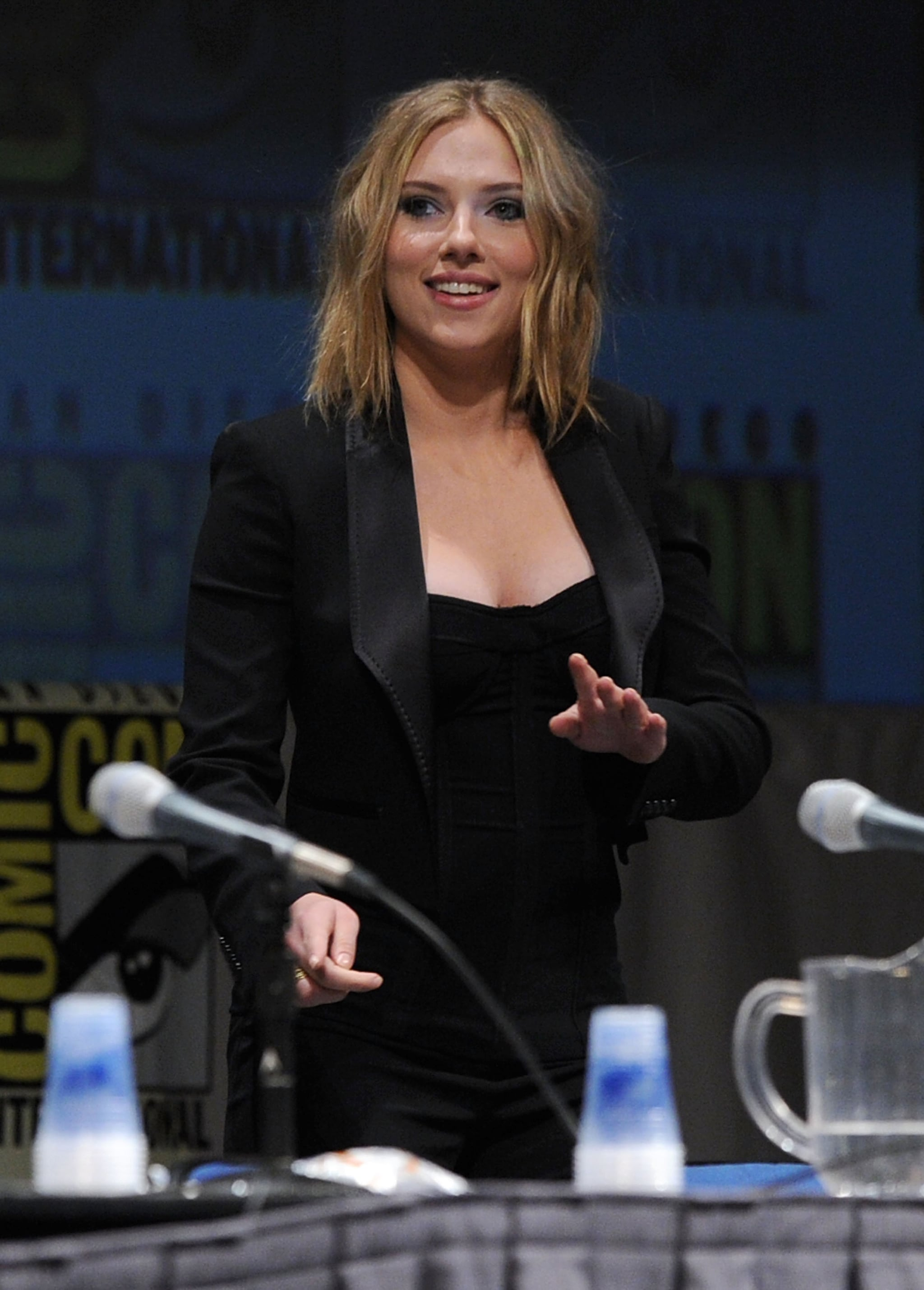 Pictures of Ali Larter, Scarlett Johansson, Anna Paquin, Stephen Moyer, and More at Comic-Con ...