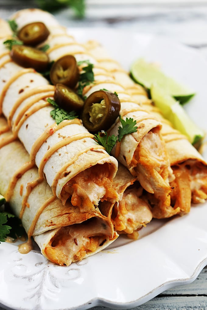 Slow-Cooker Creamy Chipotle Chicken Taquitos