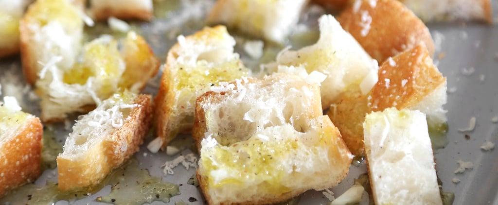 وصفة مكعبات الخبز المحمص بالثوم والجبن