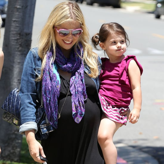 Pregnant Sarah Michelle Gellar and Charlotte Prinze Pictures