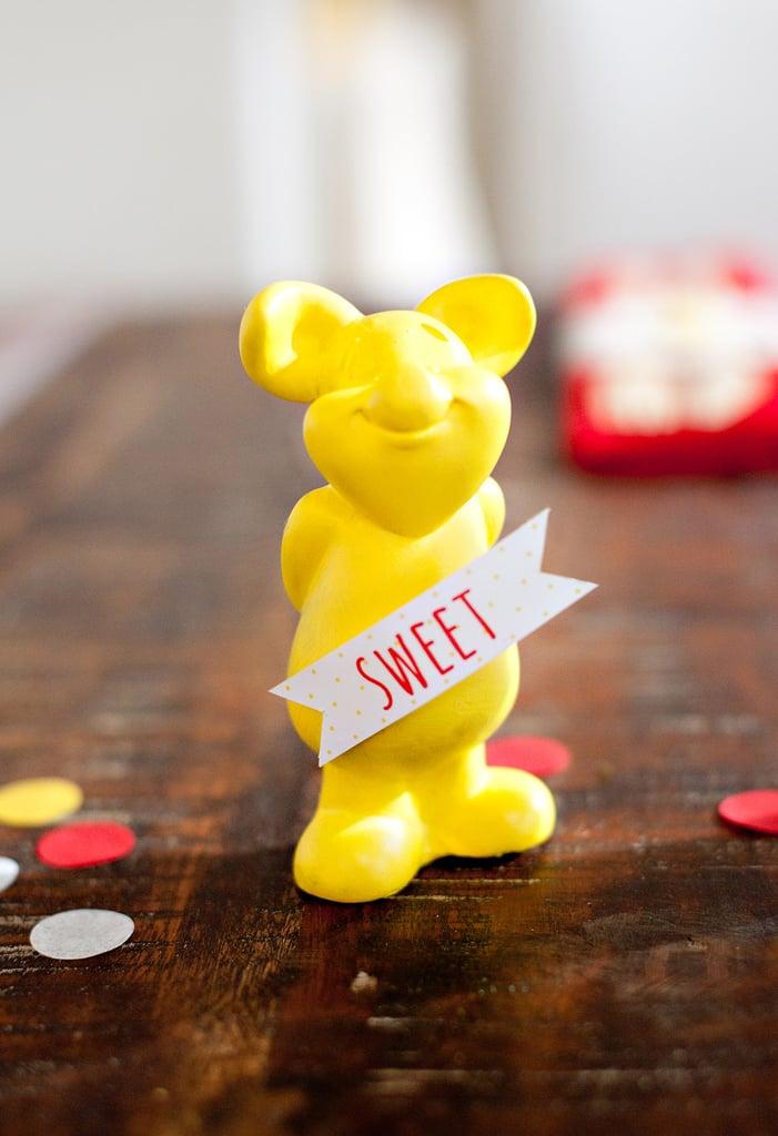 Pretty Winnie the Pooh Baby Shower Ideas