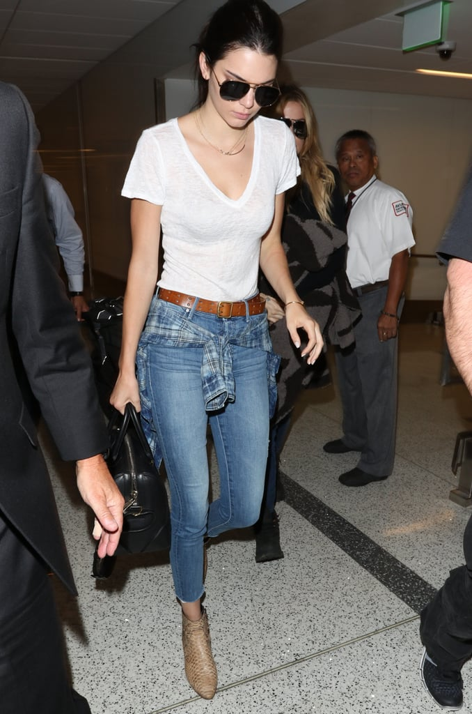Jeans and a Tee Is the Easiest Airport Outfit Combo