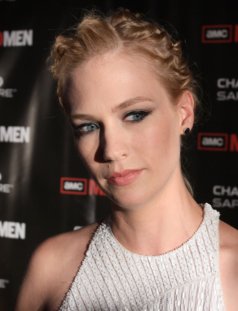 January Jones and Elisabeth Moss at a Mad Men Premiere