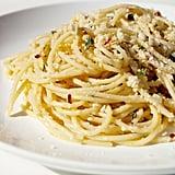 Spaghetti With Garlic White Wine Sauce