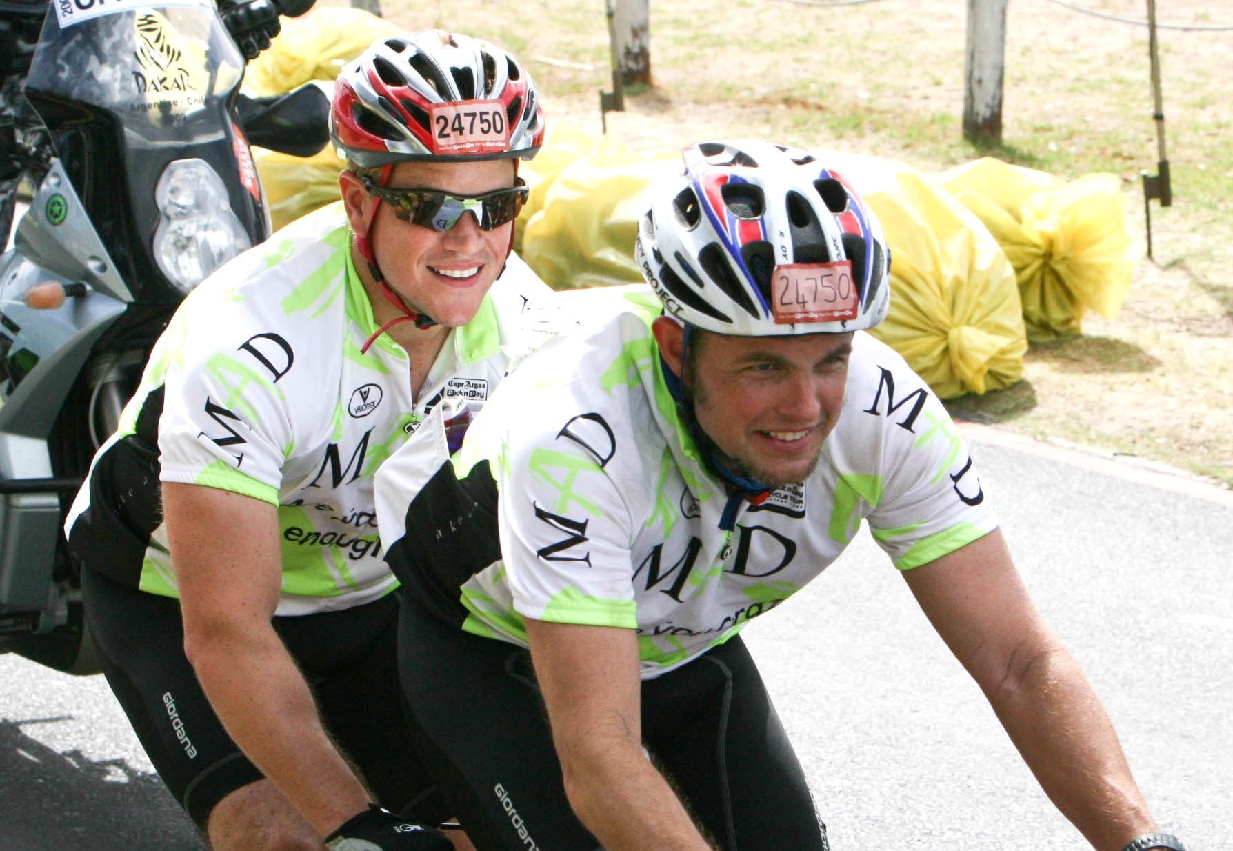 Matt Damon Completes a Bike Race in South Africa With His ...
