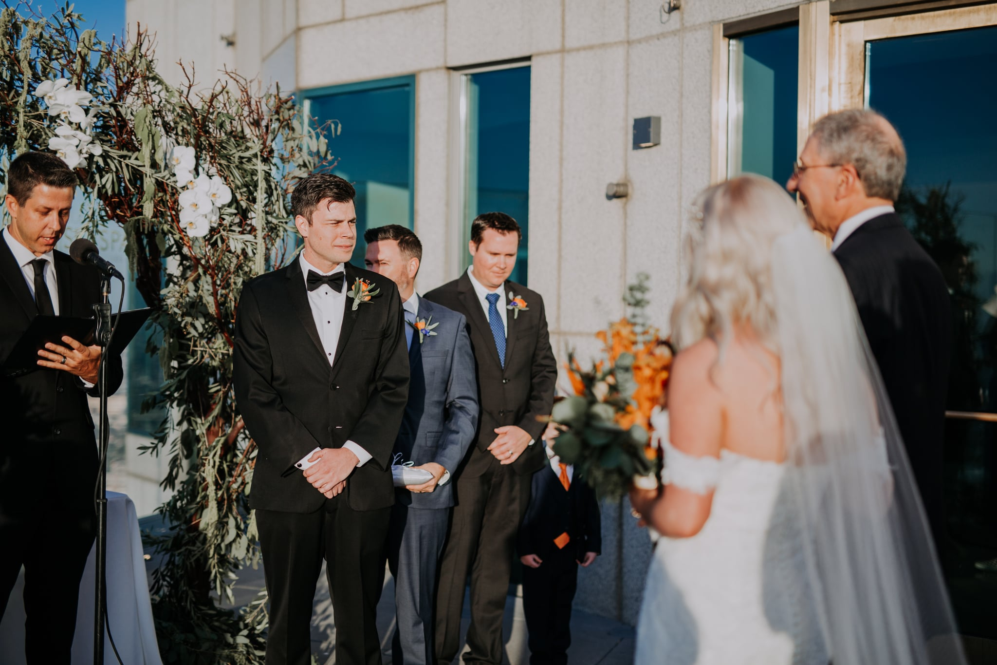 Love Sex Emotional Is An Understatement These First Look Wedding Photos Will Make You Swoon Popsugar Love Sex Photo 47