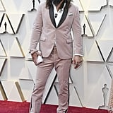 "Jason Momoa (Khal Drogo): 6'4"""