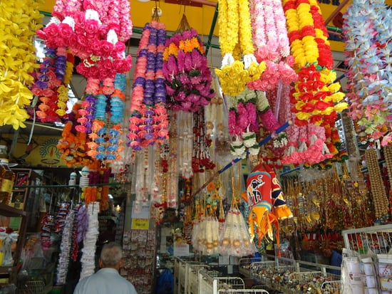 Shopping in Singapore: Your Guide To China Town, Little India and Marina Bay Sands