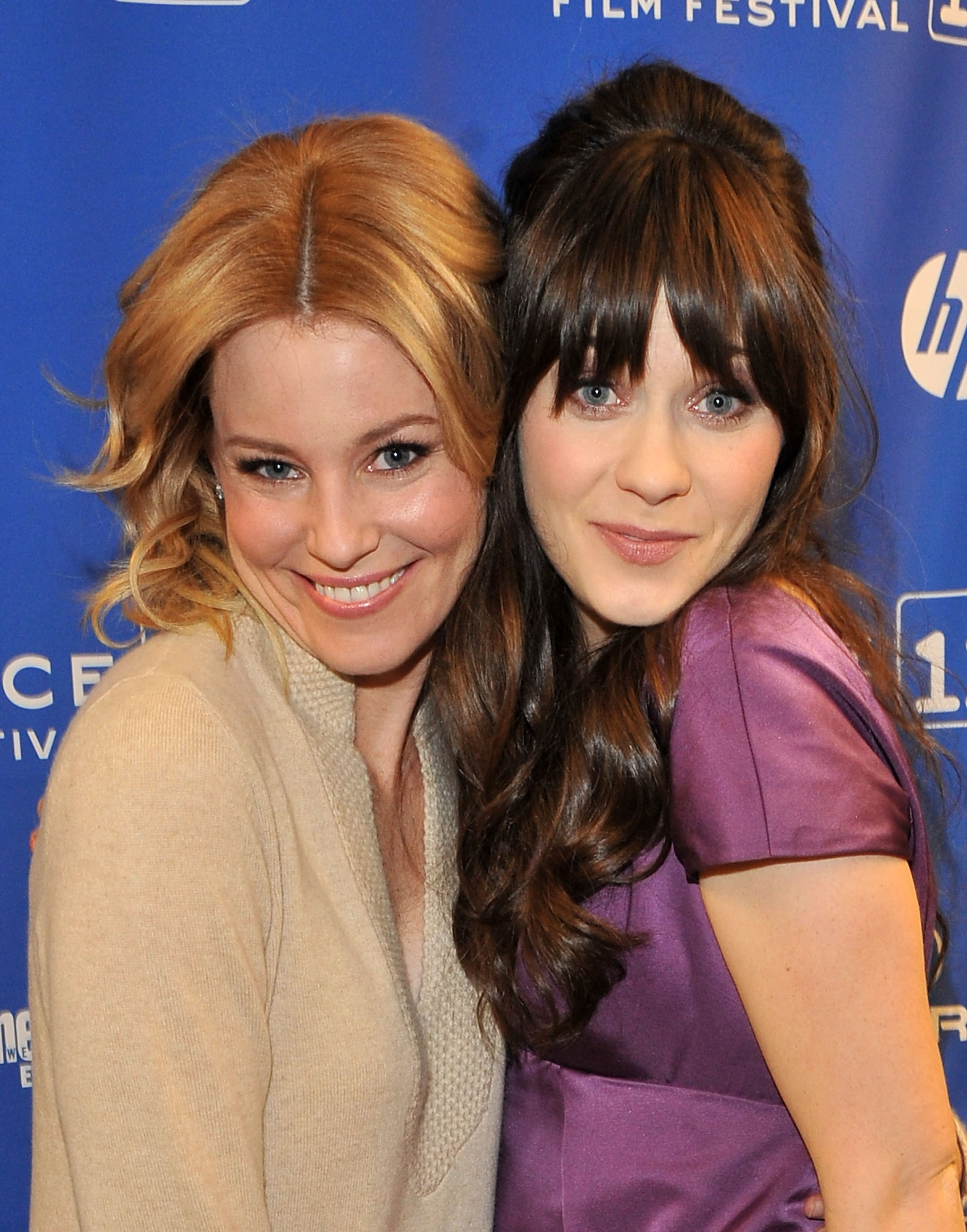 Elizabeth Banks and Zooey Deschanel hung out at the premiere of My Idiot Brother in 2011.